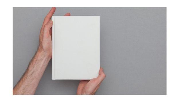 Gestalte dein Buchcover mit Canva